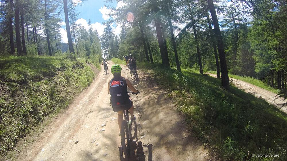 Faire du sport adrénaline dans les Alpes - Vélo électrique montgenèvre