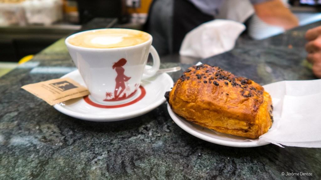 Petit-déjeuner à Rome - Casa Del Caffè Tazza D'Oro