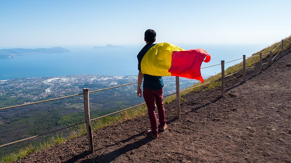 un belge au bout du monde sur le vésuve
