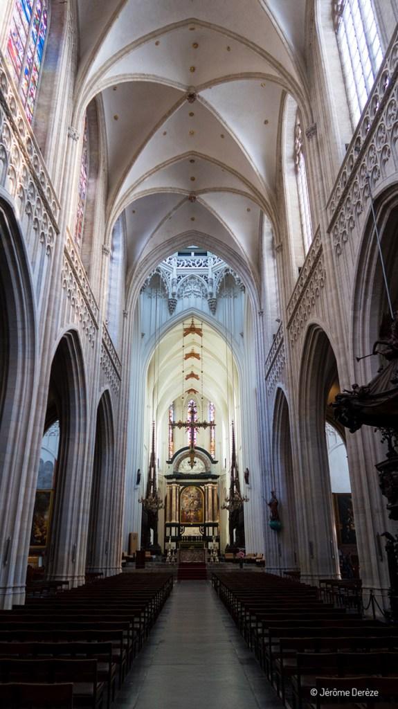 Intérieur de la Cathédrale Notre-Dame à Anvers