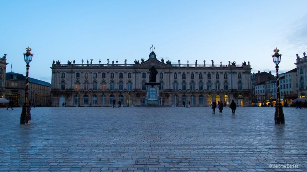 Place Stanislas à Nancy en soirée