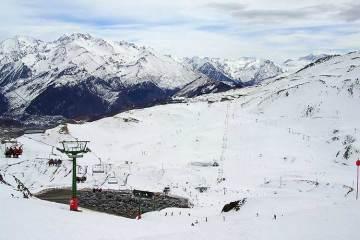Vista de la estación de esquí de Formigal desde la pista del Collado / Foto: Willtron (Wikimedia commons)