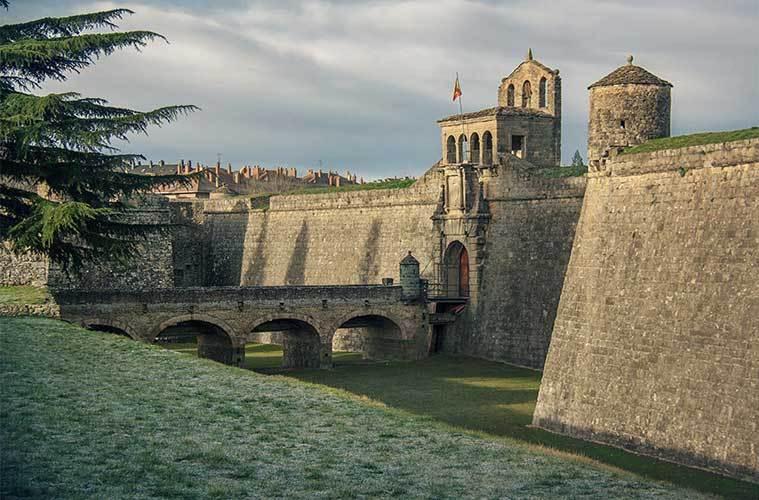 Jaca, la gran ciudad de los Pirineos. Ciudadela de Jaca / Foto: Juanedc.com (Flickr)