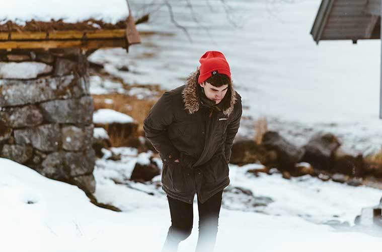 Consejos para sobrevivir a una tormenta de nieve en el aire libre, el coche y un refugio / Foto: Michael Shannon