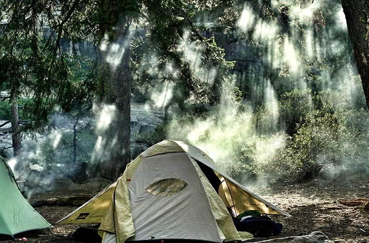 Revisión precios del equipo de Camping / Foto: Andrew Scofield