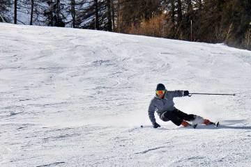 Técnica de esquí / Foto: Emma Paillex (unsplash)