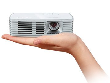 Acer K132 portable DLP LED Pico projector