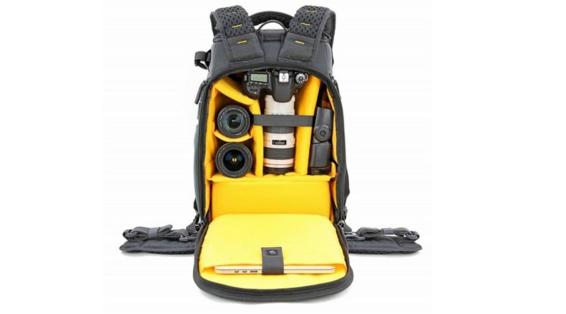 Vanguard Alta Sky 45D camera backpack