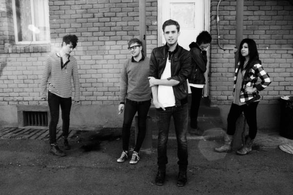 The Summer Set Sign To Fearless Records