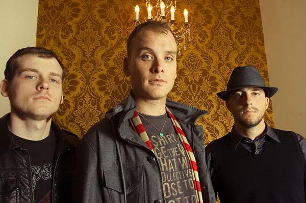Alkaline Trio Enter Studio With Descendents Drummer Bill Stevenson