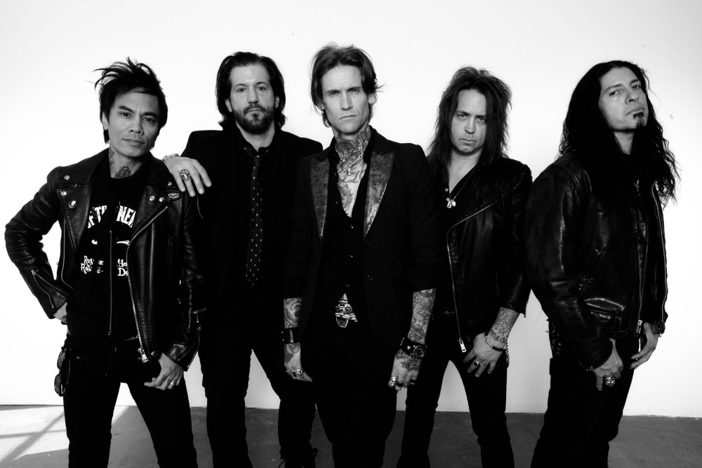 Buckcherry Guitarist Keith Nelson, Drummer Xavier Muriel Leave The Band