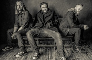 "Seether Stream New Song ""Stoke the Fire"""