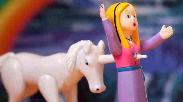 Mainan Aneh 3 - Aneh...Mainan Anak-Anak Ini Membuat Kamu Tertawa Dan Geleng-Geleng Kepala