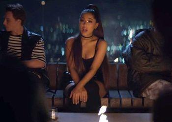 Lirik Lagu Ariana Grande Break Up With Your Girlfriend, I'm Bored - Arti dan Terjemahan Bahasa Indonesia