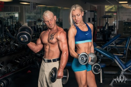 bodybuilder-in-gym-Travis-Wright-1-2
