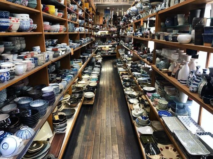 千日前道具街 食器店。圖片來源:seeing japan
