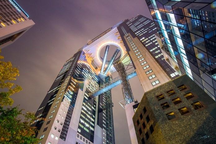 梅田藍天大廈。圖片來源:agoda