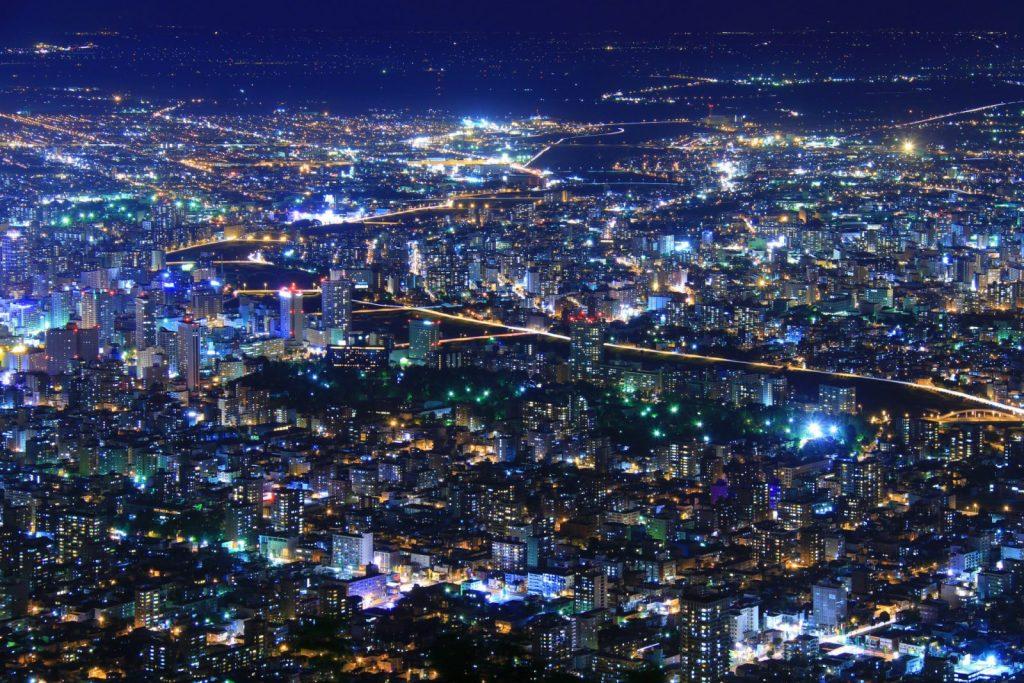 , 【日本旅遊】北海道夜生活景點全集!(夜景、夜店、夜市、居酒屋)