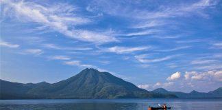 cropped 支笏湖