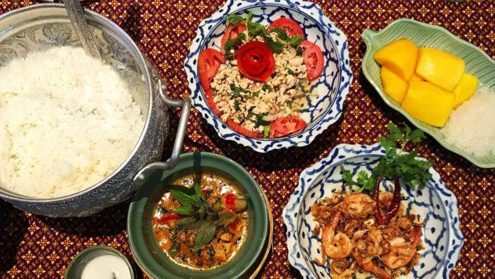 Sompong Thai Cooking School 作品