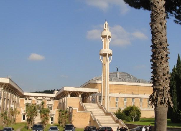 mosque rome minaret