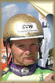 Gerhard Mayr træner og kører Super Toft