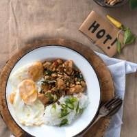 Kurczak z tajską bazylią (Pad Kra Pao Gai)