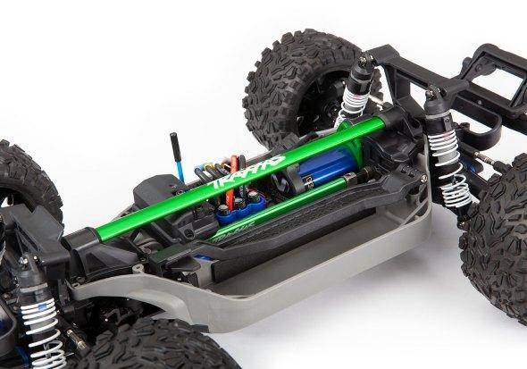 Rustler 4X4 ha installato il rinforzo del telaio