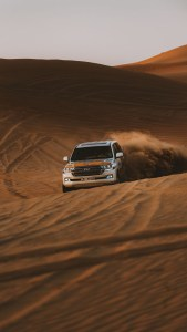 Car in Desert Free HD Wallpaper Download