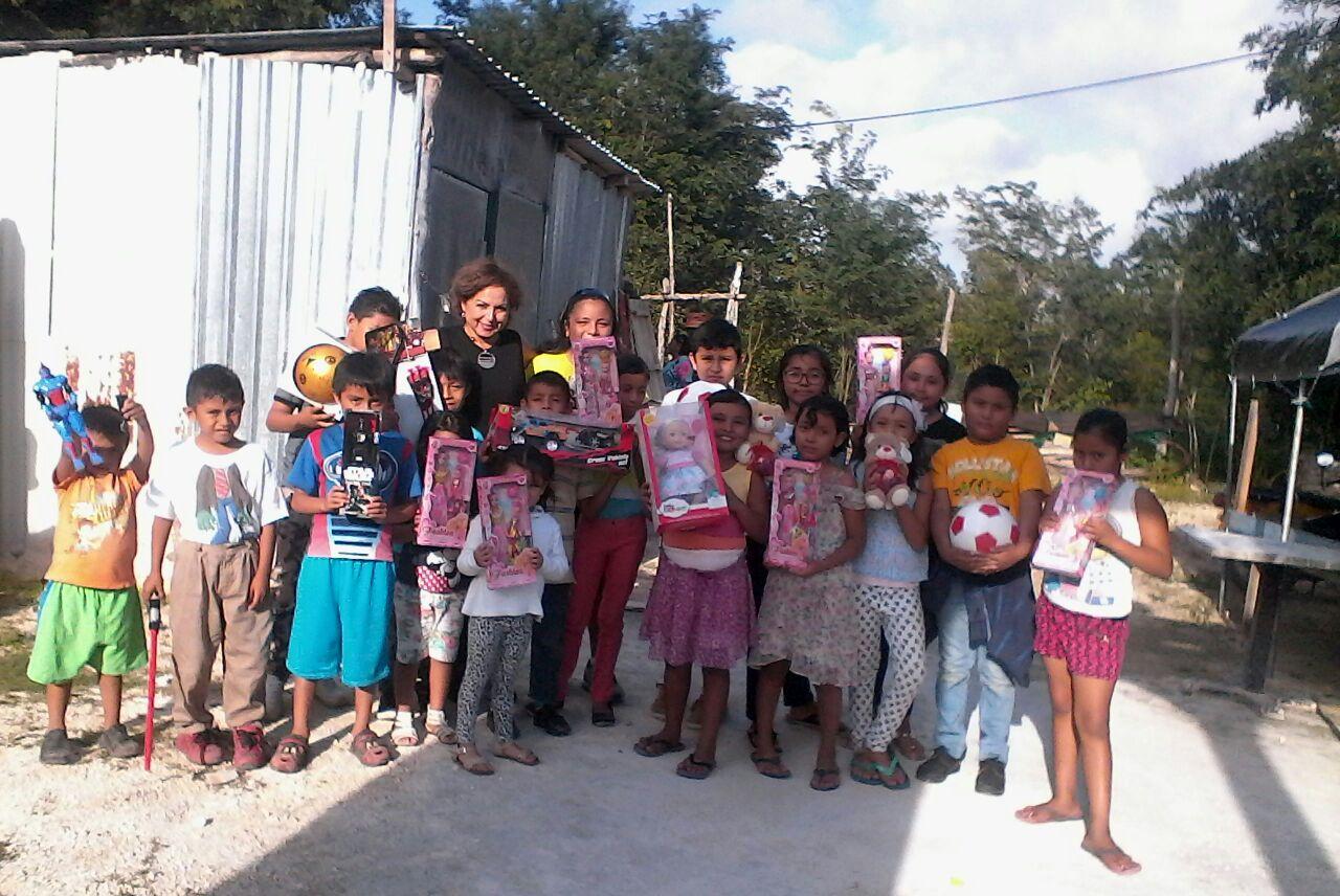 Ayuda a niños Cozumel 11