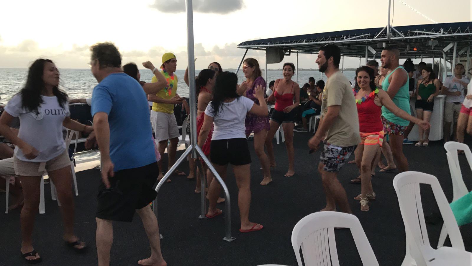 Sala de Ventas Park Royal Cancún fomenta la integración de su equipo