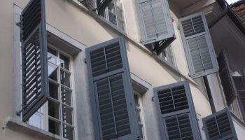 Auch richtiges Lüften kann im Sommer ein wenig Abkühlung bringen. © Forum für Energieeffizienz in der Gebäudetechnik e.V
