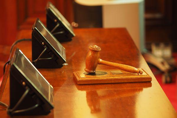Bei Online-Auktionen drohen hohe Strafen für unerlaubte Gebote