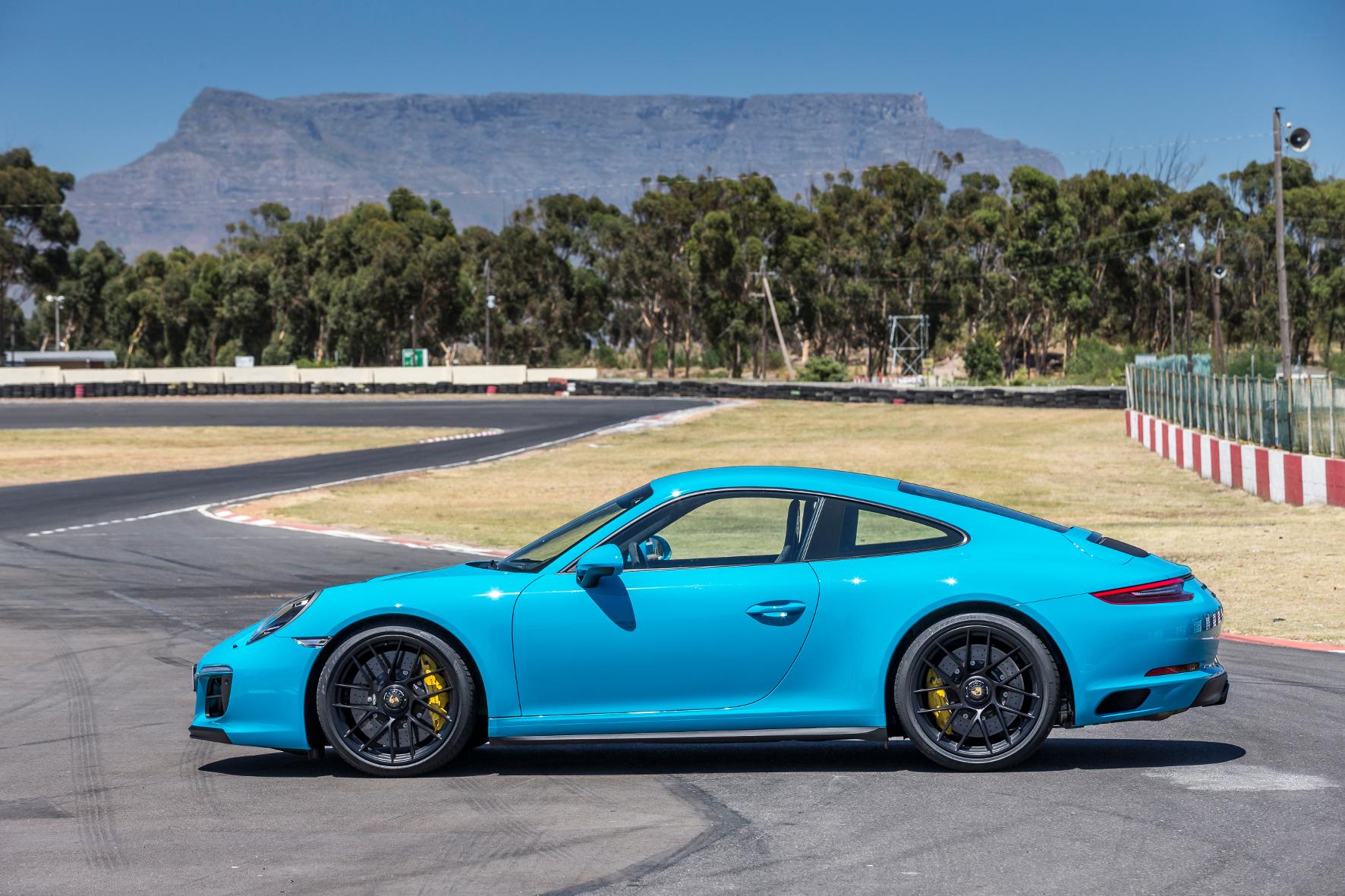Porsche 911 GTS: Ein Spielzeug für das Kind im Manne