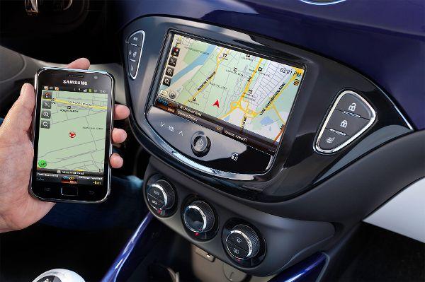 Apps warnen Autofahrer vor Geschwindigkeitskontrollen