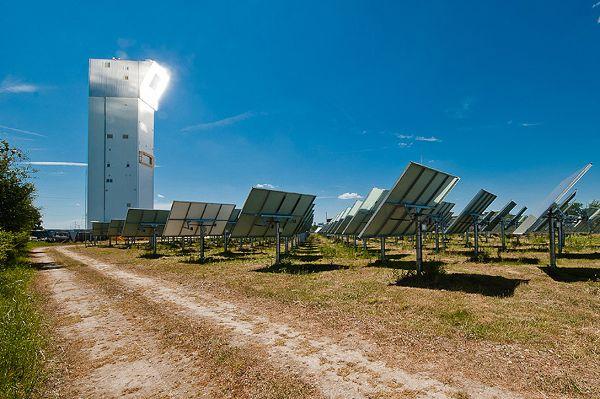 Vision: Sonnenkraftwerke sollen Energie mit Schwefel speichern