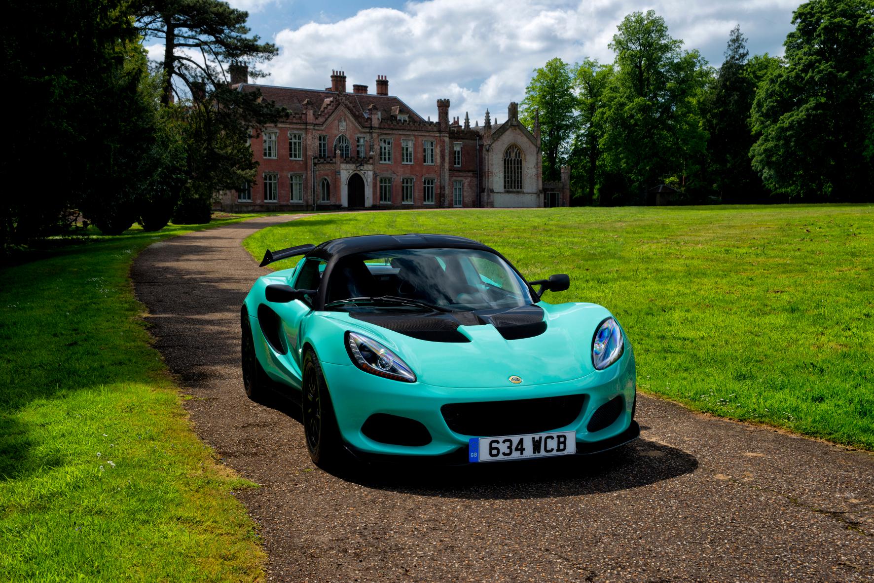 In diesem Lotus werden Rennfahrer-Träume wahr