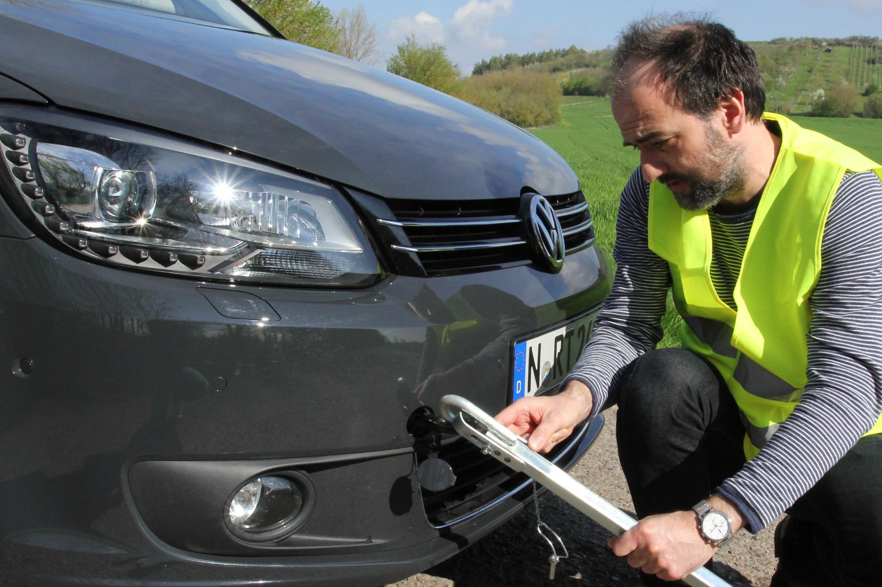 Kfz-Versicherung: Abschlepp-Unfall kann teuer werden