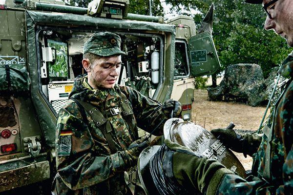 """Bundeswehr wirbt für den """"IT-Feldwebel"""""""