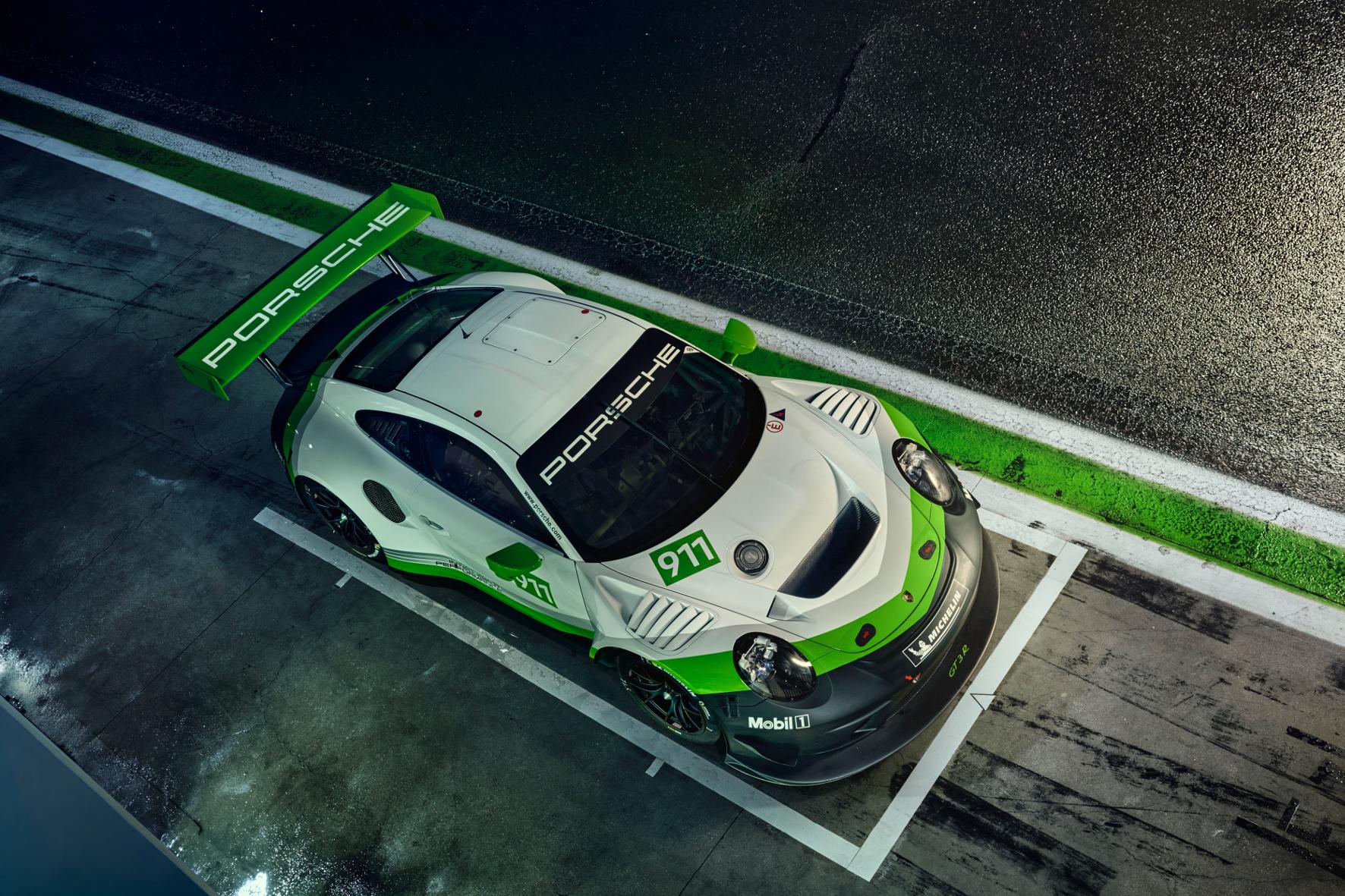 Weltpremiere: Neuer Porsche 911 GT3 R geht auf dem Nürburgring an den Start