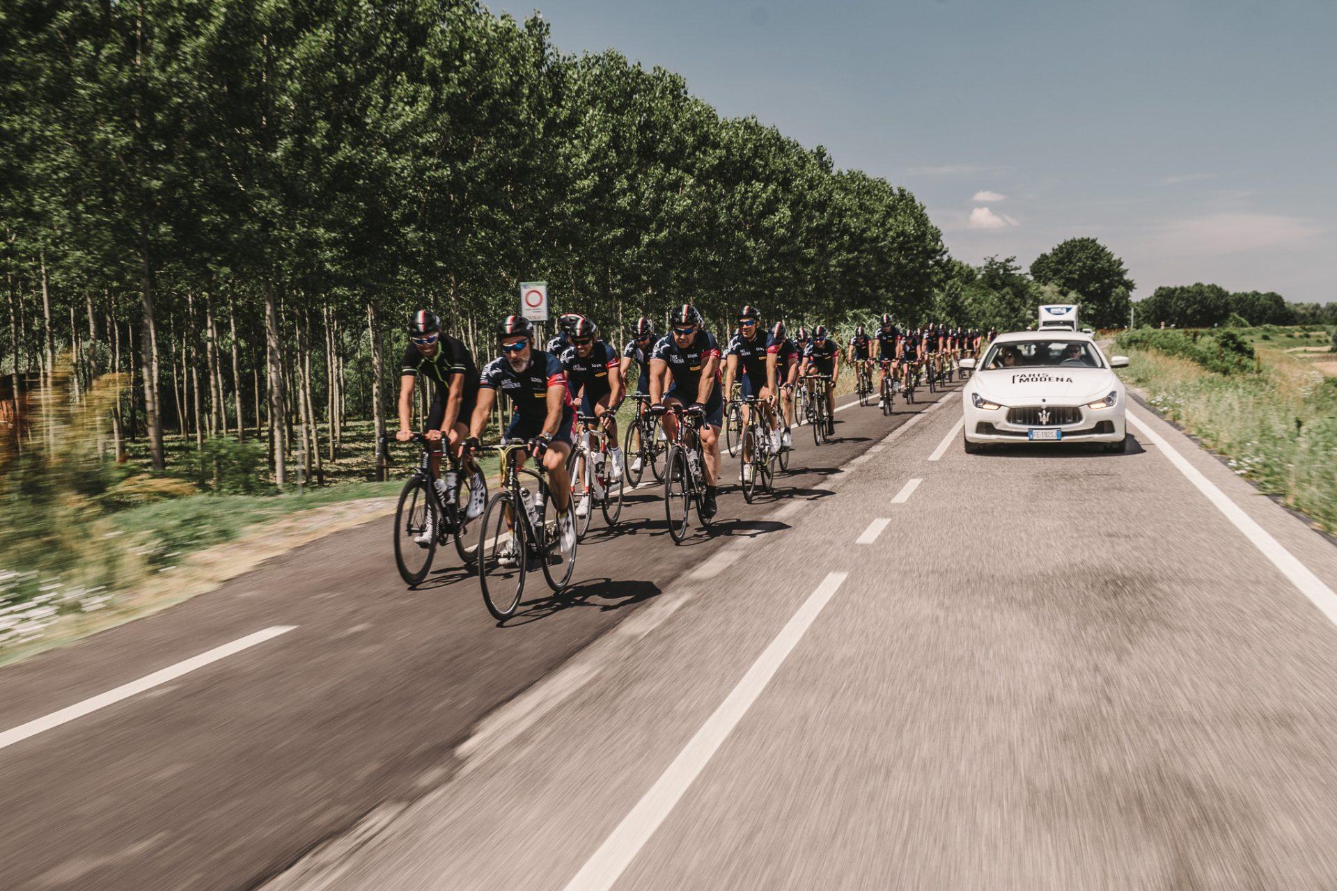 Charity-Radtour von Paris nach Modena