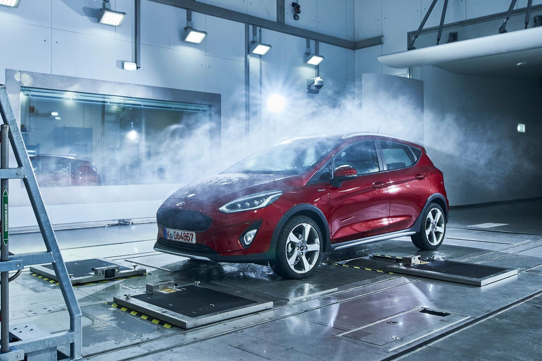 Autoteile und Prototypen werden unter extremen Temperaturen getestet