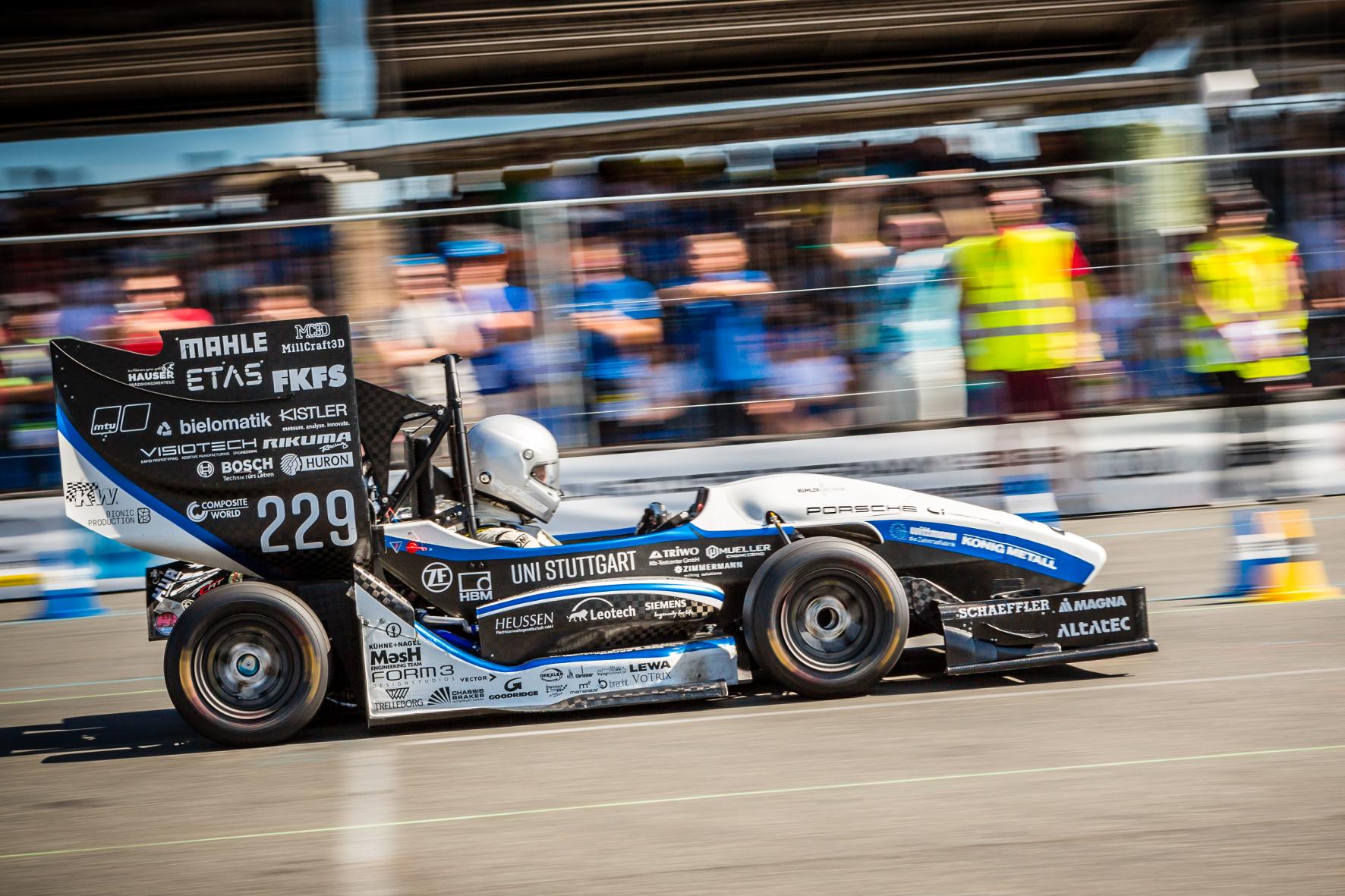 Beim Formula-Student Wettbewerb: Sieger aus Stuttgart und  Zürich
