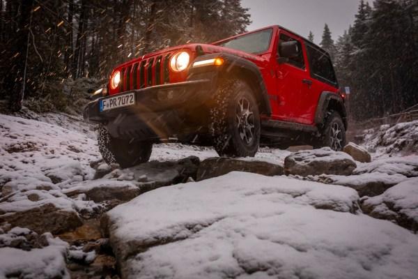 FCA 2 Jeep