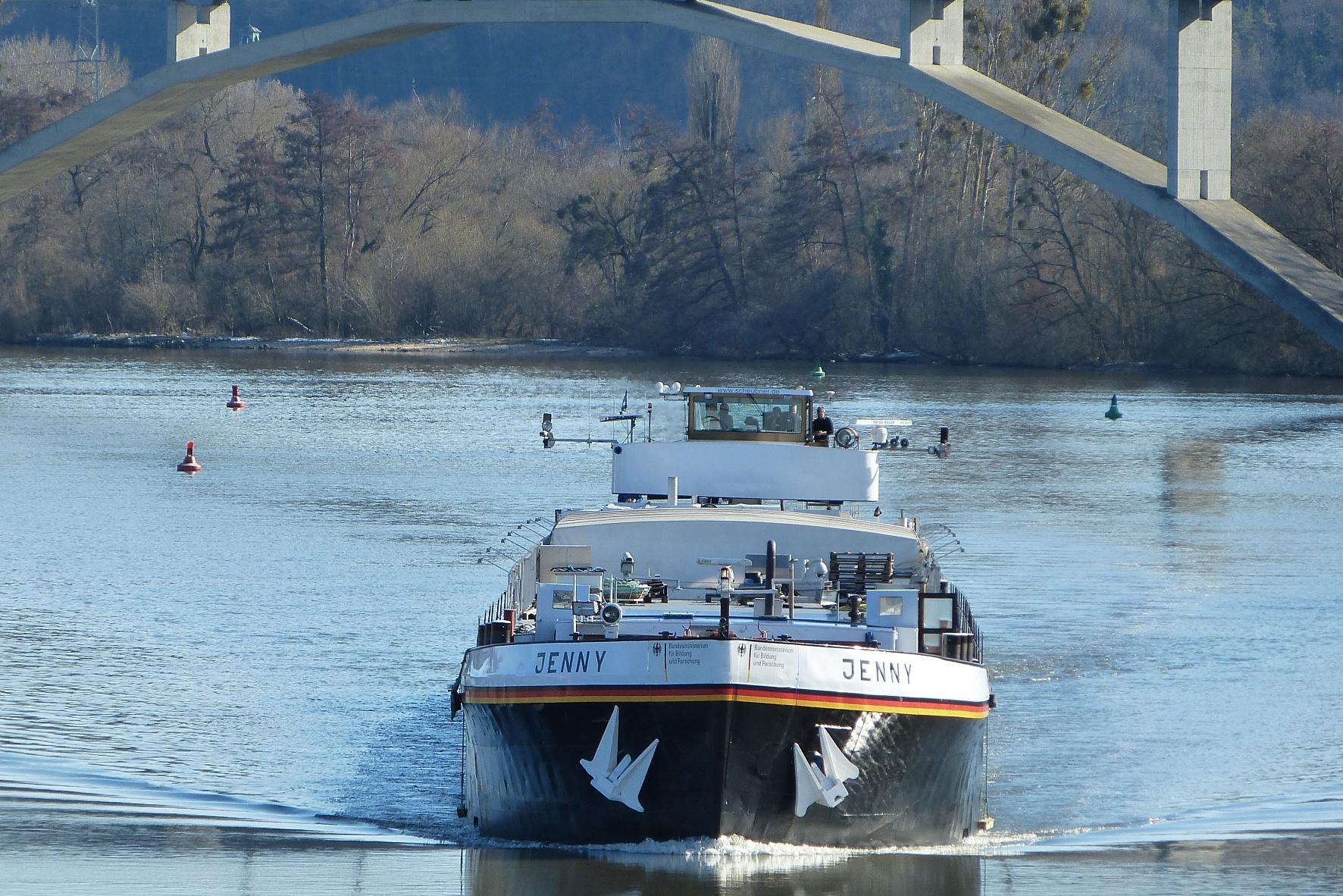 Autonome Binnenschifffahrt bald ohne Schiffsführer unterwegs?