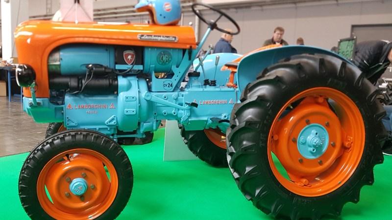 Der Lambo für den Jetset-Traktorfahrer