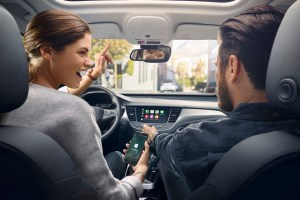 Opel Crossland X - OpelConnect