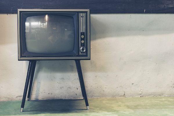 """Im digitalen Zeitalter hat die gute alte """"Glotze"""" mit Corona Boden gutgemacht."""
