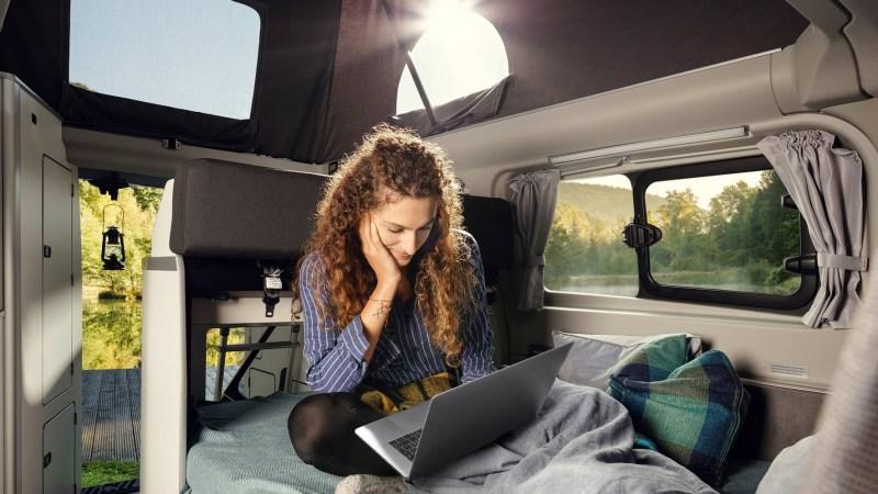 Auch im Reisemobil sollen Computer-Nerds immer und überall auf ihre Kosten kommen © Ford / TRD mobil