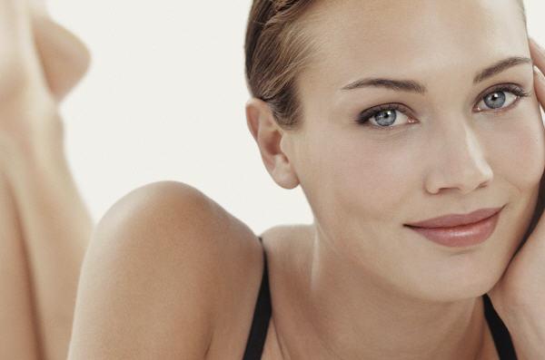 Das Hormon Estradiol steuert das  Schönheitsempfinden einer Frau